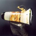 Glaskunst Objekt von Rolf Schrade mit Gold Figur
