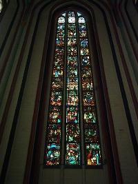 Die berühmten Bleiglasfenster der St. Marienkirche in Frankfurt (Oder). ©Markus Borgmann